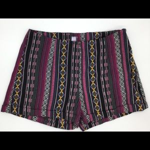 Pants - Aztec multicolor striped shorts small